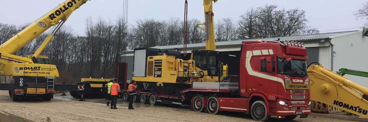Offloading From Vehicle Of Excavator Main Body