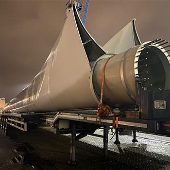 Windkraftanlage Im Hafen